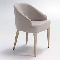 Sedia moderna / imbottita / in tessuto / in legno