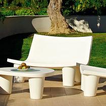 Panca da giardino / moderna / in polietilene / con schienale
