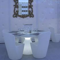 Tavolo da pranzo moderno / in vetro / in polietilene / rotondo