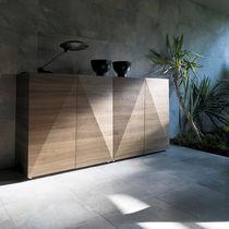 Credenza alta / moderna / in legno laccato / in noce