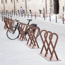 Rastrelliera per biciclette in acciaio galvanizzato / design originale / per spazi pubblici