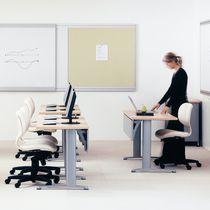 Tavolo per corsi di formazione moderno / in metallo / in quercia / in laminato