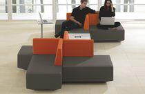 Divanetto imbottito modulare / moderno / in tessuto / per edifici pubblici