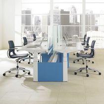 Poltrona da ufficio moderna / in plastica / in alluminio / girevole