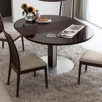 Tavolo moderno / in legno laccato / rotondo / ovale