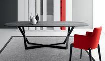 Tavolo moderno / in vetro / in quercia / ovale
