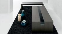 Tavolino basso moderno / in legno / in vetro / da interno