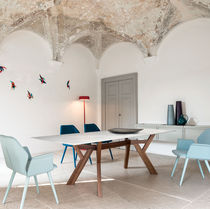 Tavolo moderno / in legno / in vetro / in marmo