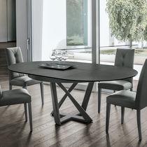 Tavolo moderno / in metallo verniciato / in MDF laccato / in vetro temprato