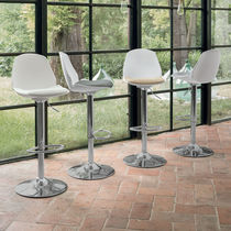 Sedia alta moderna / imbottita / con poggiapiedi / con base centrale
