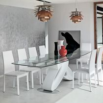 Tavolo da pranzo / moderno / in vetro / in poliuretano