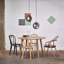 Tavolo design scandinavo / in quercia / in faggio / rotondo