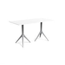 Tavolo moderno / in ghisa di alluminio / in alluminio estruso / in polietilene
