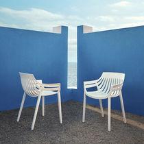 Sedia da giardino moderna / impilabile / in polipropilene / in fibra di vetro