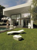 Prendisole design originale / in polietilene / da giardino / 100% riciclabile