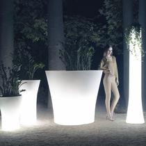 Vaso da giardino in polietilene / luminoso