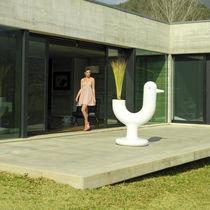Vaso da giardino in polietilene / luminoso / di Eero Aarnio