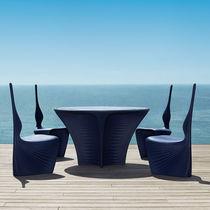 Tavolo design organico / in polietilene rotostampato / rotondo / da giardino