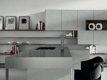 piano di lavoro in acciaio inox da cucina