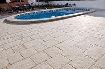 Piastrella da esterno / per bagnasciuga di piscina / per pavimento / in calcestruzzo