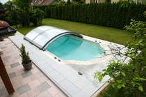 Copertura per piscina bassa / scorrevole / in alluminio / ad azionamento manuale