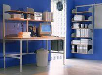 Tavolo da lavoro moderno / in legno / per edifici pubblici / ad altezza regolabile