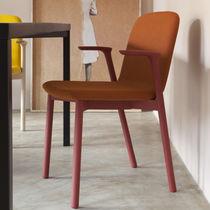 Sedia da ristorante design scandinavo / con braccioli / per bistrot / in tessuto