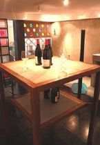Tavolo moderno / in calcestruzzo