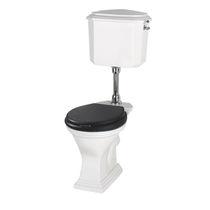 WC da appoggio / monoblocco / in ceramica / con cassetta a zaino