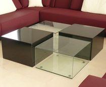 Tavolino basso moderno / in vetro / da interno