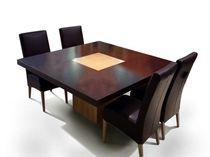 Tavolo moderno / in quercia / quadrato