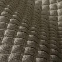 Tessuto da tappezzeria / a motivi geometrici / in poliestere / in lino