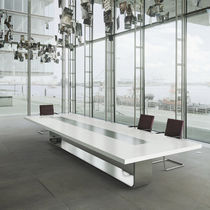 Tavolo da conferenza moderno / in legno / in metallo / rettangolare