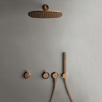 Set doccia da parete / moderno / con doccia a mano / con soffione fisso