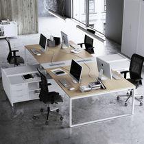 Tavolo da lavoro moderno / in melamminico / in metallo / rettangolare