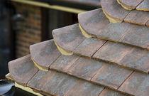 Tegola romana / in terracotta / fatta a mano