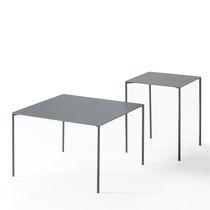 Tavolino basso moderno / in metallo laccato / quadrato / da interno