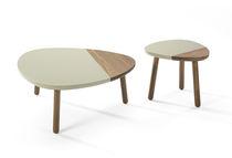 Tavolo d'appoggio moderno / in MDF / triangolare