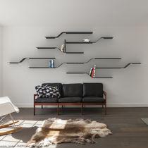 Sistema di scaffali a muro / moderno / in metallo / per uso residenziale