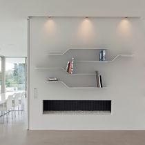 Mensola / design originale / in alluminio / in alluminio laccato