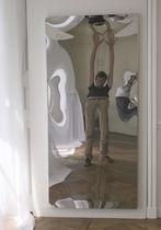 Specchio da appoggio / a muro / deformante / moderno