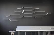 Mensola / design minimalista / in acciaio laccato