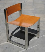 Sedia moderna / su misura / a slitta / in pelle