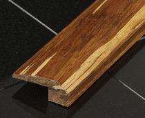 Modanatura in legno / indoor