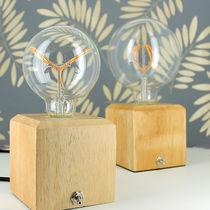 Lampada da comodino / moderna / in ceramica / in legno massiccio