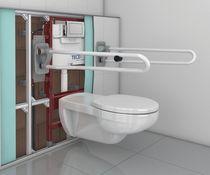 WC da appoggio / in ceramica / per disabili / con sciacquone ad incastro