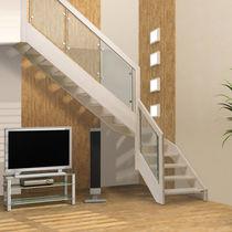 Scala a L / con gradini in legno / con struttura in legno / senza alzata