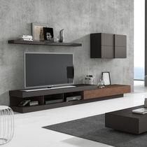 Parete attrezzata TV moderno / in legno laccato / modulabile