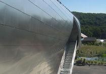Rivestimento di facciata in acciaio inox / riflettente / in pannello