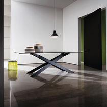 Tavolo da pranzo moderno / in legno / in metallo / in vetro temprato